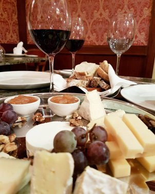 cheese and wines grand hills hotel broumana